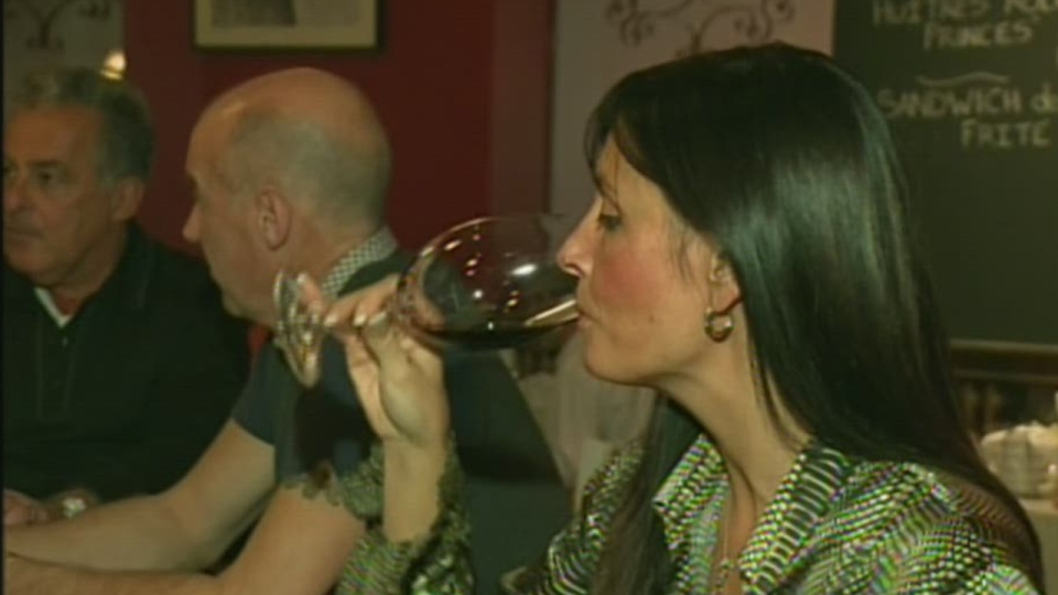 The new PQ budget requires restaurant and bar owners to pay taxes on bottles they already have in stock (Nov. 21, 2012)