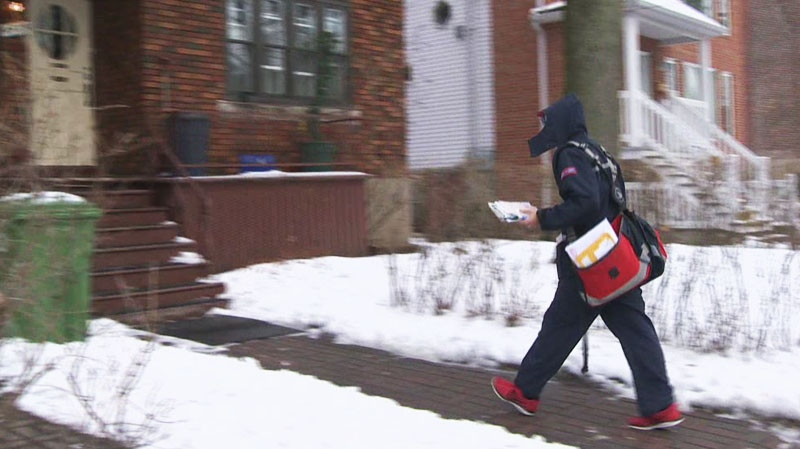 A new letter carrier has taken over Sylvain Carbonneau's NDG route after the popular mailman was fired for breaking the rules.