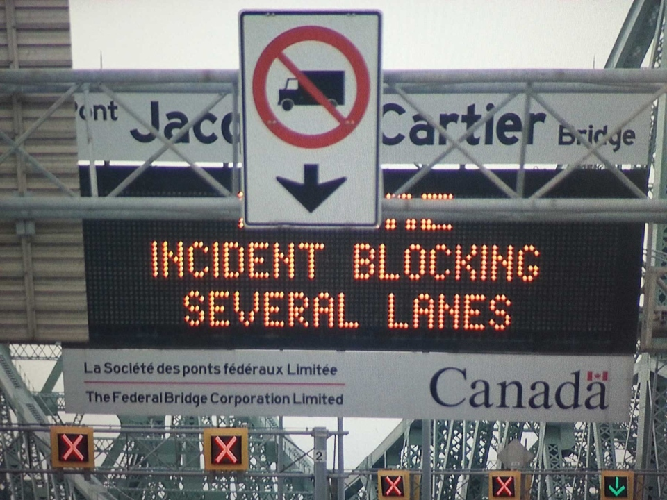 Officers from the Montreal and Longueuil police, as well as the Surete du Quebec, routed traffic around the Jacques-Cartier bridge on Christmas Day.