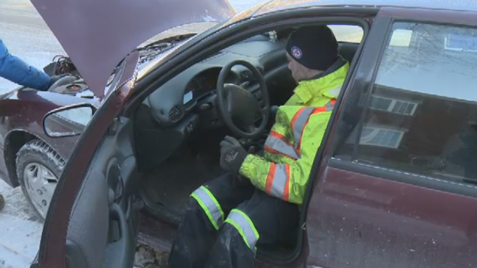 CAA-Quebec said it received about 7,500 calls from Montrealers who could not start their cars. (Jan. 23, 2013)