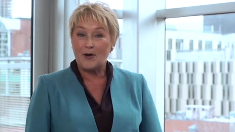 In this new YouTube video, Pauline Marois argues that sovereignty would make Quebecers wealthier. (Image: YouTube)