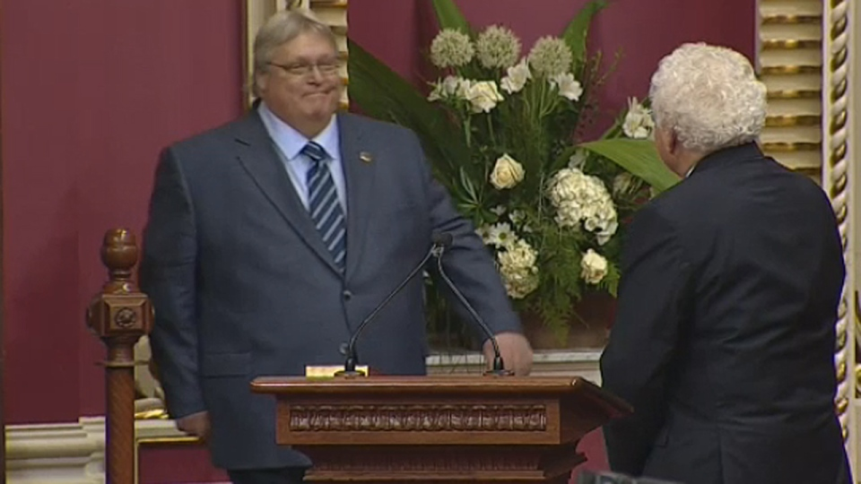 Dr. Gaetan Barrette takes his oath of office as health minister in Quebec City (April 23, 2014)