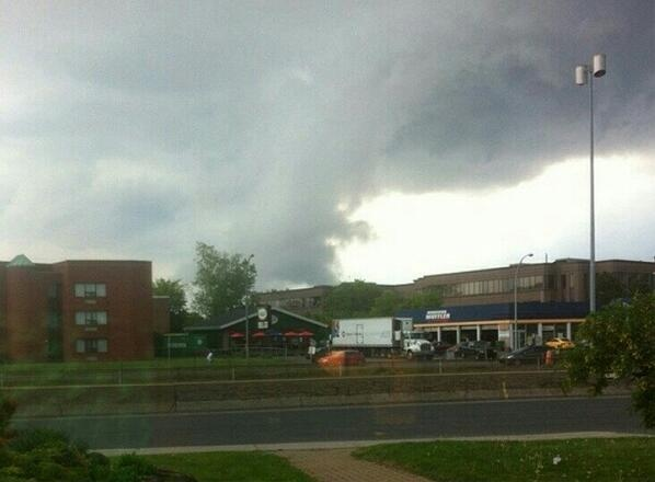 "‏@KrisClow_40 tweeted: ""tornado forming in Dorval around 2:00 p.m."""