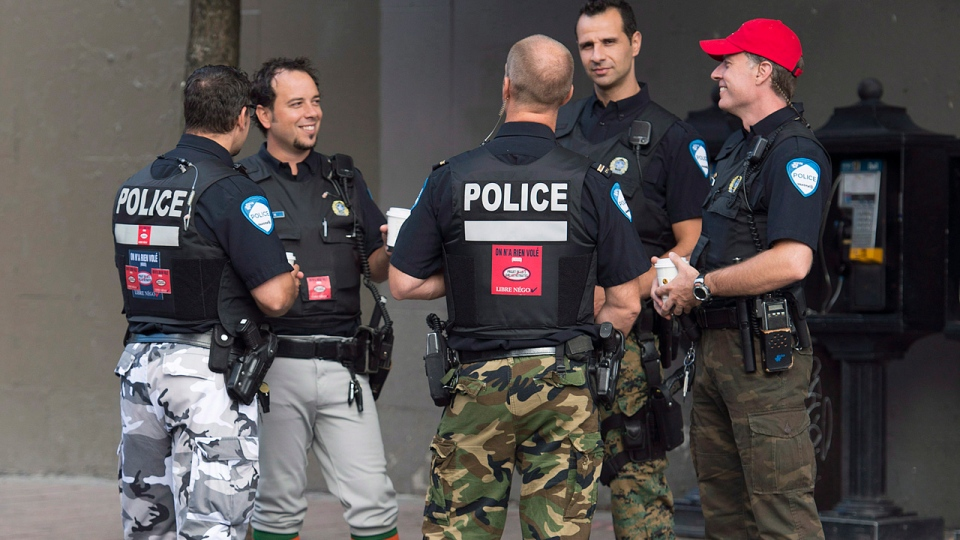 Montreal police to shelve camo pants for Beliveau funeral ...