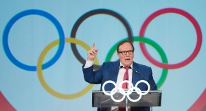 Former Canadian Olympic Committee President Marcel Aubut speaks during a World Sport Luncheon in Montreal, Thursday, July 9, 2015. (Graham Hughes/THE CANADIAN PRESS)