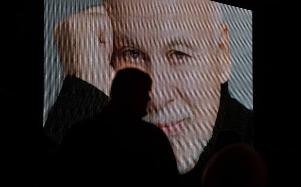 Singer Celine Dion pays tribute to husband Rene Angelil