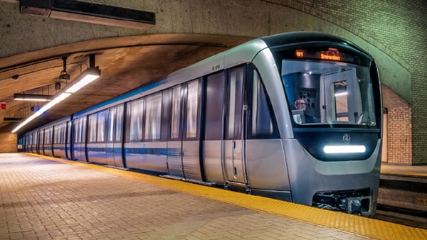 The new Azur trains are now riding the rails (photo: STM)