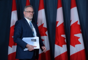 Auditor General Michael Ferguson holds a press conference at the National Press Theatre in Ottawa on Tuesday, May 3, 2016. THE CANADIAN PRESS/Sean Kilpatrick