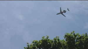 Montreal police received several calls about this low-flying plane, which was seen circling over western areas of Montreal on Saturday.