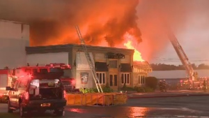 A GoFundMe page has been started to help out over 100 employees of a duck farm in the Eastern Townships that was heavily damaged by a fire.