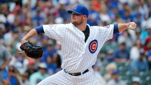 Chicago Cubs starting pitcher Jon Lester delivers during the first inning of a baseball game against the Seattle Mariners Friday, July 29, 2016, in Chicago. (AP / Charles Rex Arbogast)