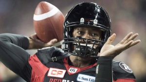 Ottawa Redblacks quarterback Henry Burris during CFL Grey Cup action  in Toronto, on Nov. 27, 2016. (Ryan Remiorz / THE CANADIAN PRESS)