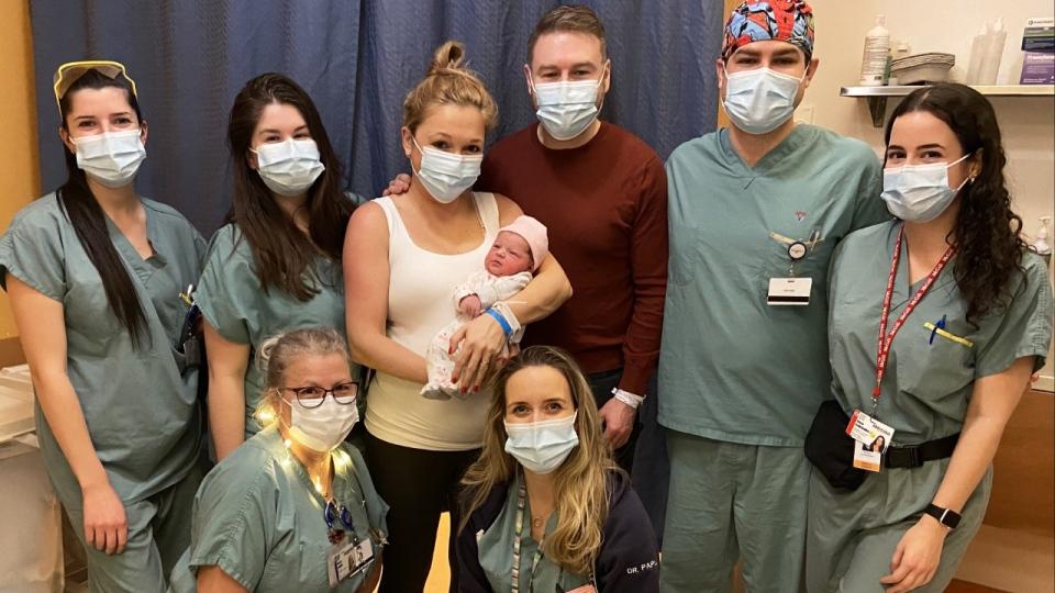 Bayi pertama di MUHC adalah perempuan