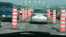 Cars in bumper-to-bumper traffic on the Champlain bridge (June 2, 2010)