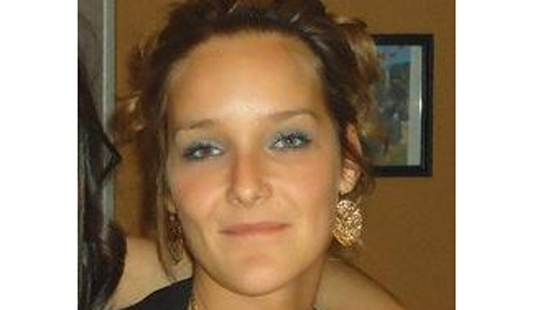 Tanya St. Arnauld remains in a coma in Longueuil after her boyfriend tossed a concrete-cleaning acid on her. (Photo: Facebook)